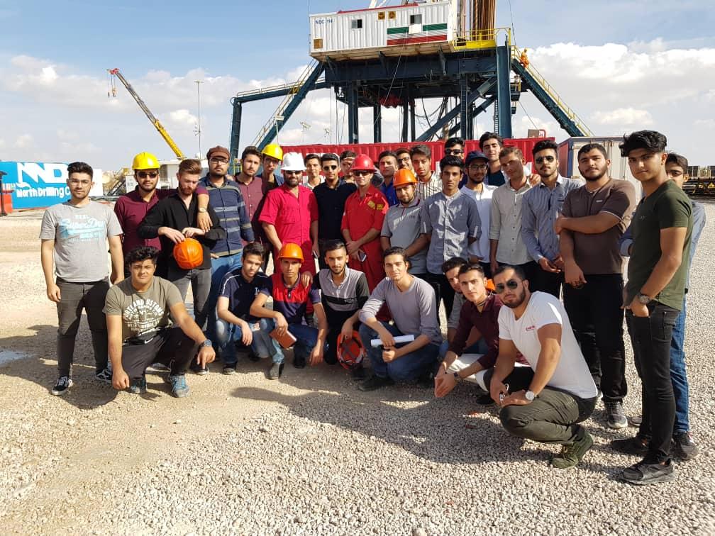 بازدید علمی دانشجویان مهندسی نفت