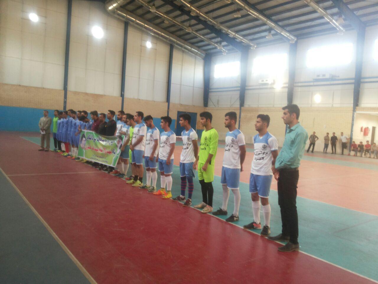 پیروزی تیم فوتسال مرکز آموزش عالی لامرد در مسابقات بین دانشگاهی شهرستان لامرد