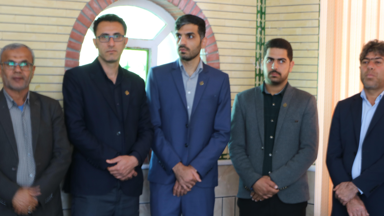 حضور کارکنان در مراسم گرامیداشت 12  بهمن سالروز بازگشت حضرت امام خمینی (ره)به ایران