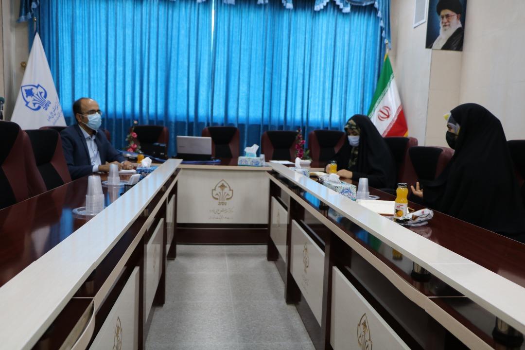 دیدار مسوول روابط عمومی و مشاور زنان دانشگاه با مشاور زنان نماینده ی شهرستان های لامرد و مهر در مجلس